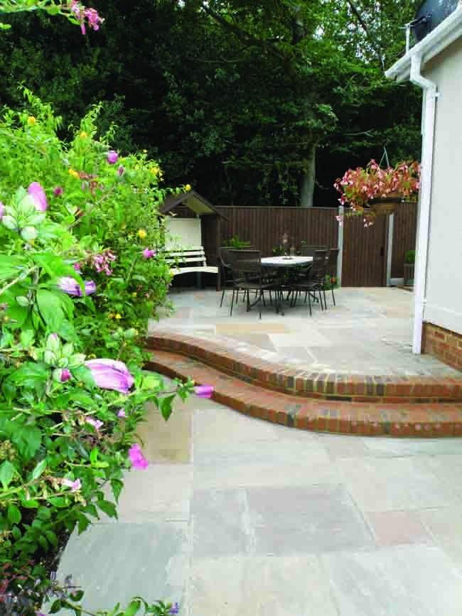 Cornfield Natural Sandstone Patio Kit From Purestone