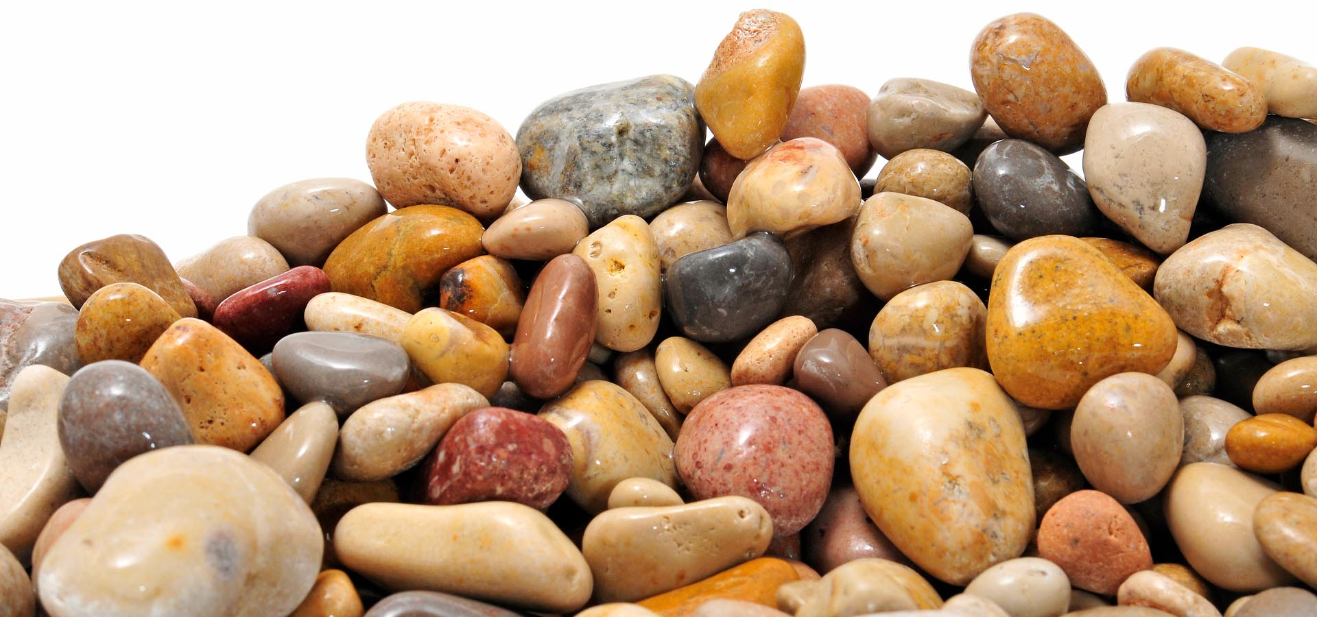 Scottish cobbles vs Scottish pebbles: What's the difference and which is best for your garden?